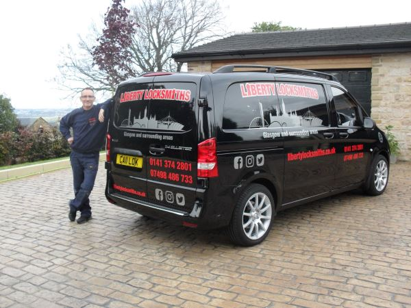 emergency locksmith Hamilton van